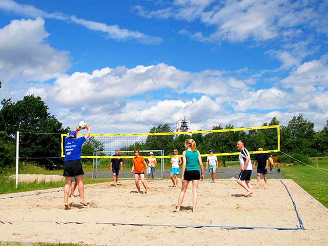 https://www.sv-eiche-wachau.de/wp-content/uploads/2018/09/verein-beachvolleyball-bg.jpg
