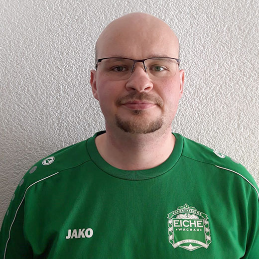 https://www.sv-eiche-wachau.de/wp-content/uploads/2019/08/trainer-frank-thiele.jpg